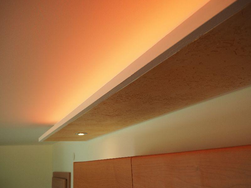 deckenbeleuchtung oder innenausbau mit rigips vom stuckateur dachausbau oder brandschutz. Black Bedroom Furniture Sets. Home Design Ideas
